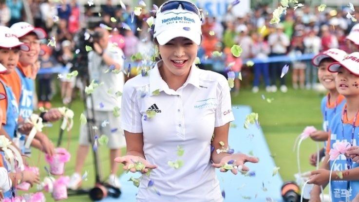 韓国美女ゴルファー