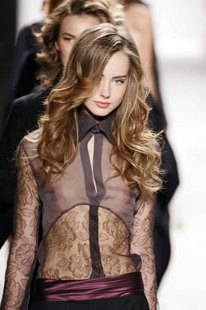 ファッションモデル 乳首